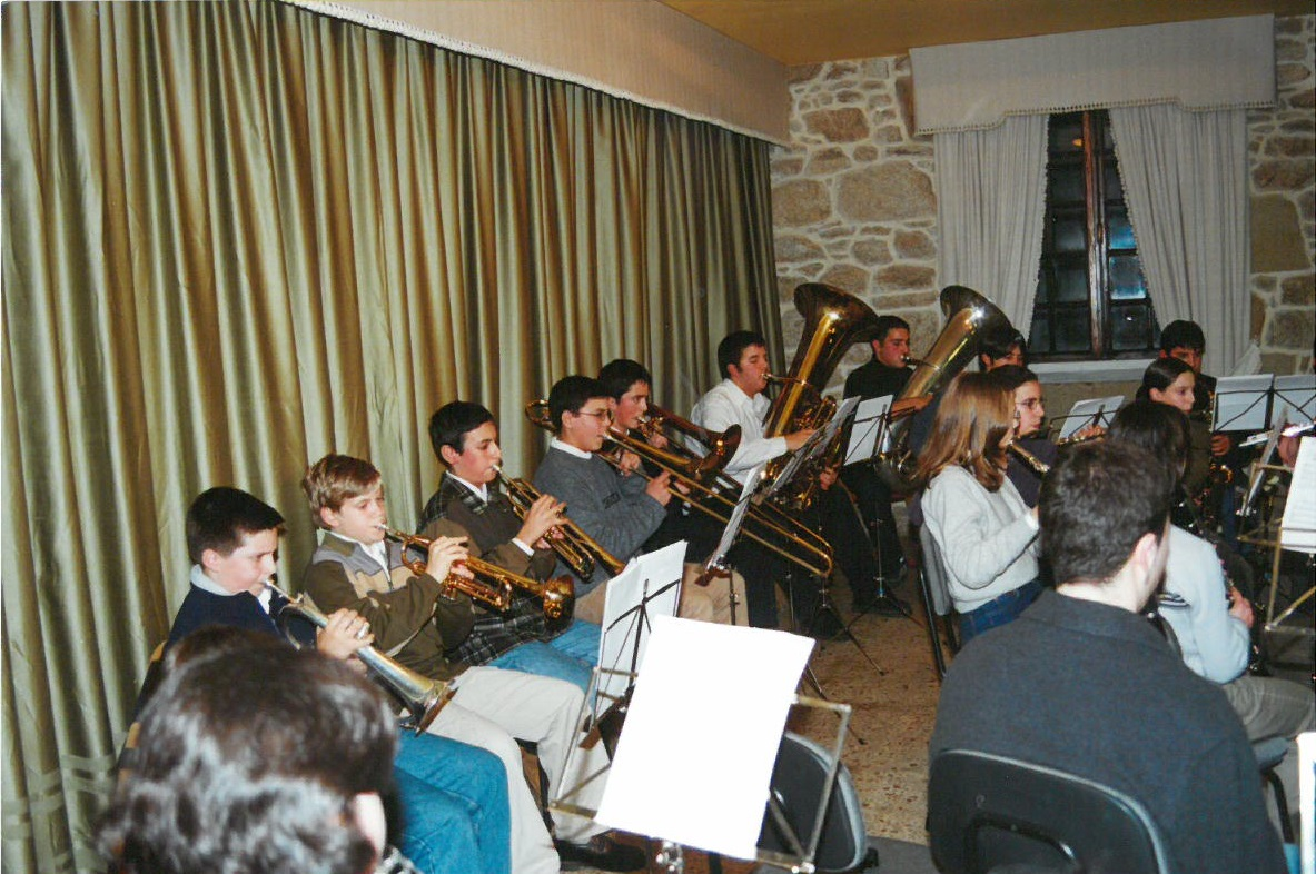 banda-xuvenil-29-12-2000-07