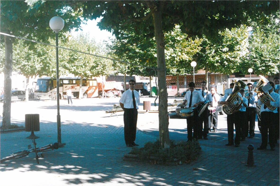 iv-festival-bandas-26-09-2004-01
